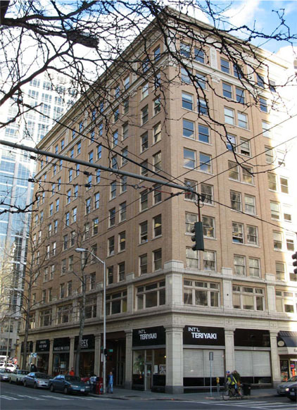 Downtown s lloyd building designated a city landmark ywca for Seattle builders
