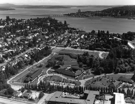 Aerial view of Battelle Memorial Institute Seattle Research Center in Laurelhurst, ca. 1971 / Courtesy Collection of the Friends of Battelle/Talaris